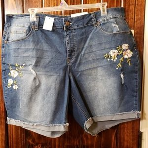 Cato Denim shorts size 24 women's plus